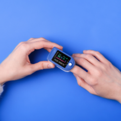 Covid: How a pulse oximeter could save lives